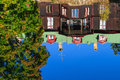 House reflected in lake Royalty Free Stock Photography
