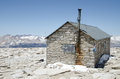 Hut on summit of Mount Whitney Royalty Free Stock Photography