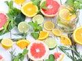 Iced mint tea with lemon