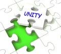 Il puzzle di unità mostra il partner team teamwork or collaboration Fotografia Stock Libera da Diritti