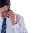 Imagem colhida do homem que fala no telefone de pilha Imagens de Stock