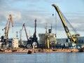 Infraestructura ocupada del puerto del cargo Fotos de archivo