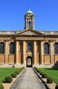Inside front quadrangle queen s college oxford view from the entrance looking across the at the university oxfordshire Stock Photography