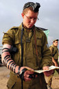 Israeli soldier pray nachal oz isr dec during the final preparation of the idf for a possible land incursion into gaza strip Royalty Free Stock Image