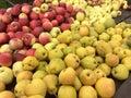 Jabłka i bonkrety Zdjęcie Royalty Free
