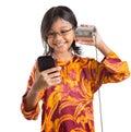 Jeune fille avec tin can phone et smartphone iii Photographie stock libre de droits