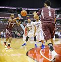 Jonny berhanemeskel leftt throws ball to ottawa gee gees team mate vikas gill right their match against lakehead thunderwolves Stock Photos