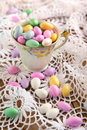 Jordan almond candies in kop Royalty-vrije Stock Foto