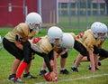 Jugend-amerikanischer Fußball-Gedränge-Zeile betriebsbereit Stockfotografie