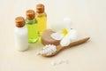 Körperpflegeprodukte seesalz seife shampoo lotion Lizenzfreies Stockfoto