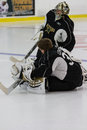 Kari lehtonen finland native stretches in a dallas stars practice Royalty Free Stock Photography