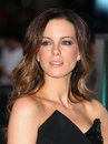 Kate beckinsale arriving for the total recall premiere at vue west end leicester square london picture by alexandra glen Royalty Free Stock Images