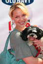 Katherine heigl old navy nationwide new canine mascot franklin canyon park beverly hills ca Royalty Free Stock Photo