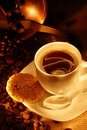 Kawowi fasoli ciastka cup świeżego młyn Zdjęcia Stock