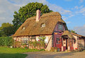 Kent country thatch cottage photo of a pretty th century chocolate box Royalty Free Stock Images