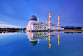 Kota kinabalu mosque at blue hour reflection of Stock Photography