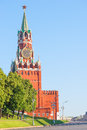 Kremlin s spassky tower with chimes and blue sky Stock Photography