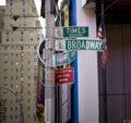 La rue signe dedans New York Images libres de droits