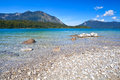 Lago walchensee lavender en las montañas bávaras Foto de archivo