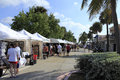 Lauderdale sea florida october people shopping early annual craft festival where local crafters display outdoor galleries october Stock Image