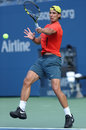 Le champion rafael nadal de grand chelem de douze fois pratique pour l us open chez arthur ashe stadium Photo libre de droits