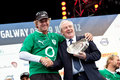 Leo Varadkar presents trophy to skipper Ken Read Royalty Free Stock Photo