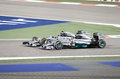 Lewis hamilton et nico rosberg de l emballage de mercedes Photo stock