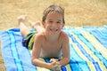 Little Boy bij de Pool Royalty-vrije Stock Afbeeldingen