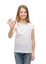 Malý v bílý zobrazené gesto