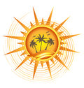 Logo tropical du soleil d'or Photo libre de droits