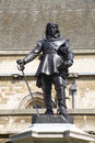 London - Oliver Cromwell statue by parliament Stock Photography