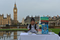 London world s tallest man and shortest man meet on guinness world record the met for the first time november in to mark day the Royalty Free Stock Image