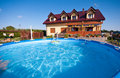 Luxurious house and pool Royalty Free Stock Photography