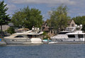 Luxury yachts in the thousand islands and homes america Royalty Free Stock Photos