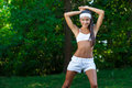 Młoda piękna brunetki sportsmenka plenerowa Zdjęcia Royalty Free