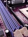 Macro de las ranuras de la memoria RAM Fotos de archivo
