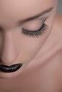 Makijaż sztuka zakończenie cropped wizerunek women� twarz z zamkniętym Zdjęcie Royalty Free