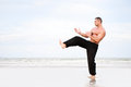 Man training karate Royalty Free Stock Photos