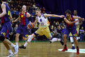 Match de basket d euroleague budivelnik kyiv contre le fc barcelona Images libres de droits