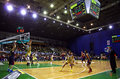 Match de basket d euroleague budivelnik kyiv contre le fc barcelona Photographie stock libre de droits