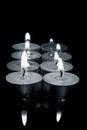 Mazzo di candele in bianco e nero fotografia con profondità di campo bassa Fotografie Stock