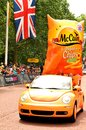 Mccain london uk – july sponsors' caravan arrive at the mall in london which hosted the third stage of the tour de france Royalty Free Stock Image