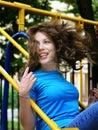 Mädchen auf einem Schwingen Lizenzfreies Stockbild