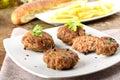 Meatballs com alho, salsa e cebola Fotos de Stock Royalty Free