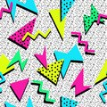 COLORED POLYGON MEMPHIS STYLE SEAMLESS PATTERN. GEOMETRIC ELEMENTS TEXTURE. 80S-90S DESIGN ON WHITE BACKGROUND.