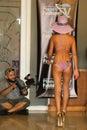 Miami lipiec model chodzi pas startowego dla kara swimwear kolekci Fotografia Royalty Free