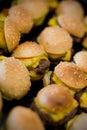 Minihamburger und Würstchen Lizenzfreie Stockbilder