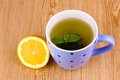 Mint tea with mint leaf and lemon Royalty Free Stock Photos