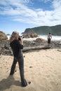 Model spruit bij het strand van Hoofden in Knysna Royalty-vrije Stock Afbeeldingen