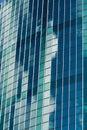 Moderne wolkenkrabber die van glas wordt gemaakt Royalty-vrije Stock Afbeeldingen